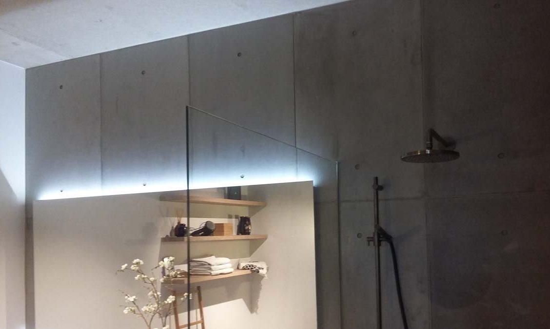 badkamer industrieel loft betonnen wandpaneel